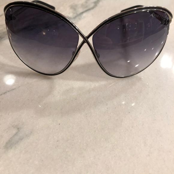 e326a11e89f0 Tom Ford sunglasses. M 5a8768b372ea88c606ced71e. Other Accessories ...